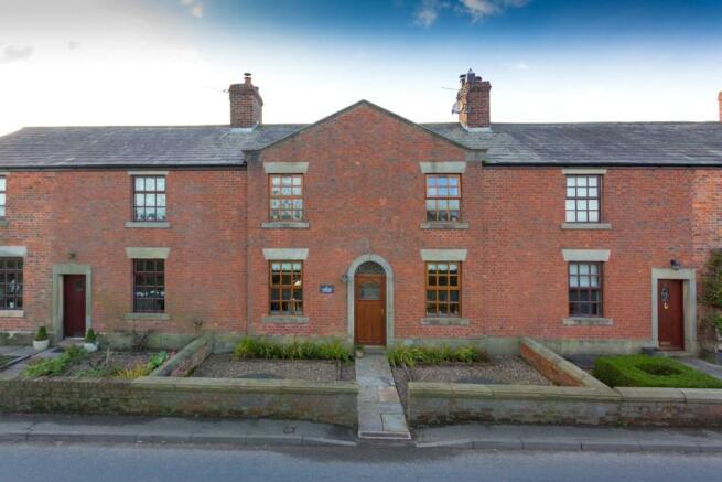 2 Lane End Cottage