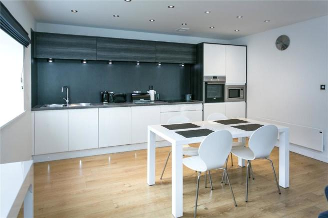 Let 1 Kitchen