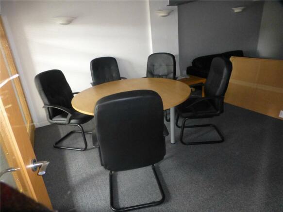 Meeting Room (B)