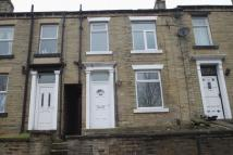 1 bedroom Terraced property in Firth Street, Brighouse