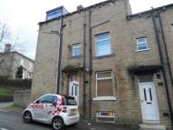 Terraced home to rent in George Street, Greetland...