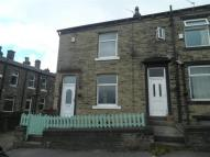 Terraced property to rent in Laurel Crescent, Halifax...