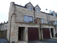 Town House in Hebble View, Siddal...
