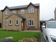 Town House to rent in Thompson Close...
