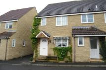 2 bedroom semi detached house to rent in Cox's Close...