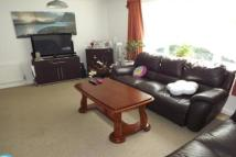 2 bedroom Flat to rent in Redhill Court  -...