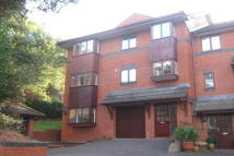 Town House to rent in LOWER PARKSTONE - SEA...