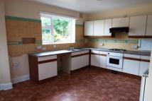 Flat to rent in THISTLEBARROW ROAD...