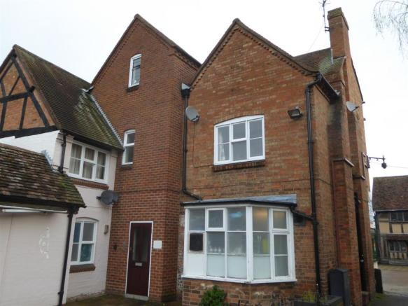 1 bedroom flat to rent in henley street stratford upon