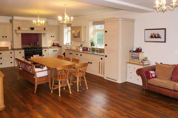 Large Dining Kitchen