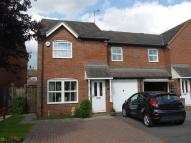 3 bed semi detached property to rent in Hawthorn Way...