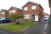 3 bed house in Rowbarrow Close...