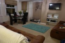 2 bedroom Flat to rent in Undercliff Road...
