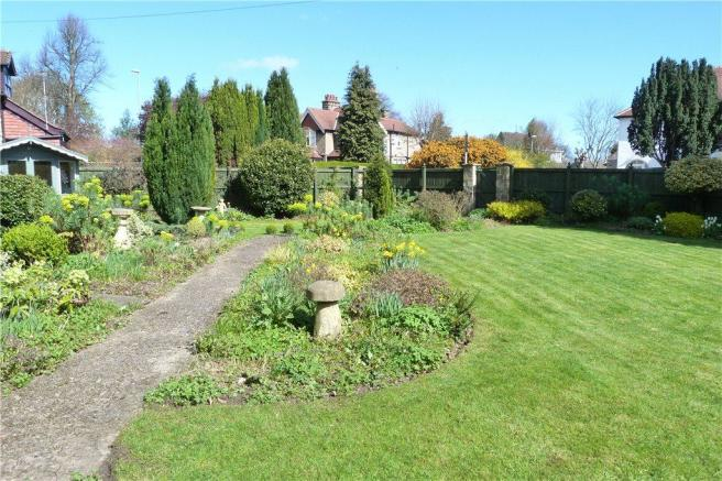 Pretty Front Gardens