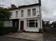 2 bedroom house to rent in Elizabeth Road-Southend...