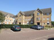 Flat in The Pavillions, Southend
