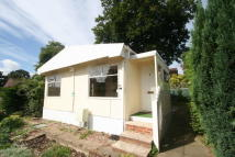 2 bedroom Detached Bungalow to rent in Petersfield