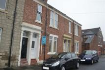 Flat to rent in Clavering Street...