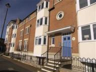 3 bedroom Flat in Howard Court...