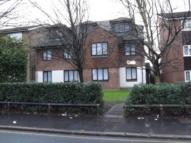Flat to rent in Radley Court...