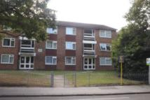 Flat to rent in Laurel Court...