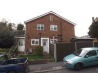 2 bedroom Maisonette to rent in Court Road, Godstone, RH9