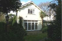 2 bedroom semi detached house to rent in Manor Road, Bournemouth...