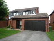 4 bedroom Detached property in Glendale, Locks Heath...