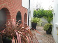 1 bed Detached property to rent in Yarborough Road, Southsea