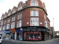 1 bedroom Flat to rent in Grove Road South...
