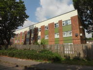 2 bedroom Flat for sale in Grebe Close...