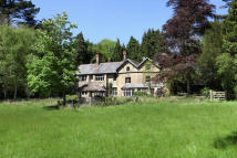8 bedroom property in Jacobstowe...