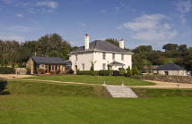 5 bed home in Yelverton, Devon