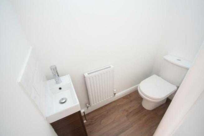 CLOAKROOM/ WC