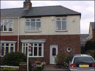 2 bedroom semi detached home to rent in Darien Avenue...