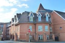 2 bedroom Apartment to rent in Leret Way, Leatherhead...