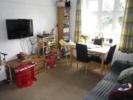 Flat to rent in Highland Road, London...