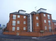 Apartment in Bruntings Court...