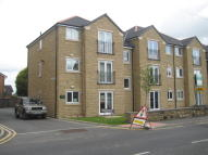 Apartment to rent in Gawber Road, Barnsley...