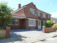 4 bed semi detached home in The Bramblings, London...
