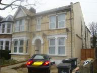 Fladgate Road Flat to rent