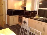 Ground Flat to rent in Colworth Road, London...