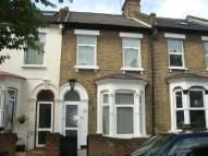 4 bedroom house in St. Mary'S Road, London...
