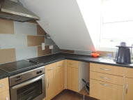 2 bedroom Flat in Vivian Road, London, E3
