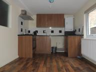1 bed Ground Flat in Lower Clapton Road...