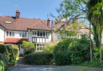5 bed semi detached house in Wycombe Gardens...
