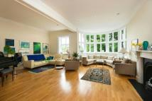 4 bed Apartment in Redington Road, Hampstead