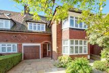 4 bed semi detached property in Harman Drive...