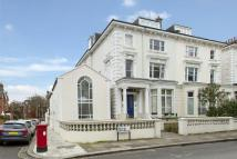 Flat for sale in Belsize Square...