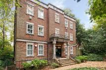 Flat in Cholmeley Park...